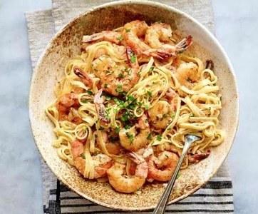 Recipe Of The Week: Garlic Shrimp Pasta