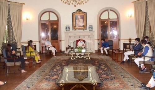 Popular Tik Tok Stars Invited To Governor House Punjab