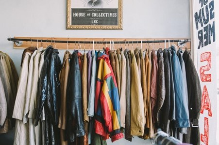Re-Love the Pre-Loved: Online Thrift Culture
