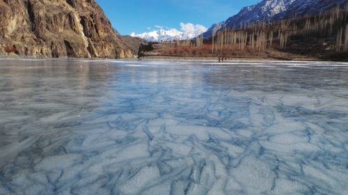 Khalti Lake Turns into Playground as GB Records -17 °C