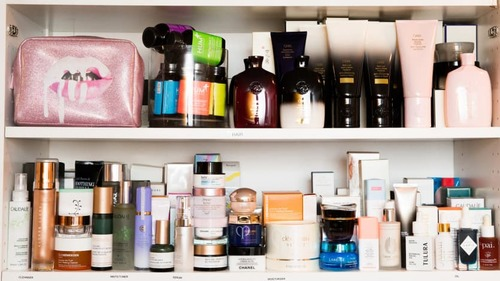 Skinimalism— Is Less Really More?