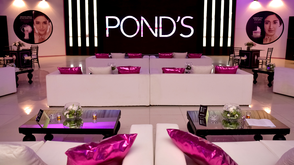 Unlocking Inner Glow with Pond's Pakistan