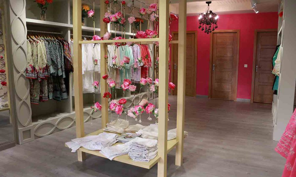 Image Fabrics opens it's doors in Lahore