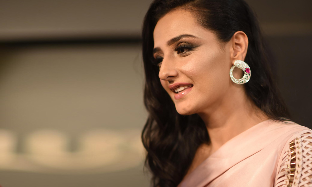 11 Minutes With Momal Sheikh